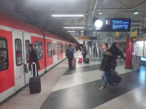 how to travel from munich airport to city centre