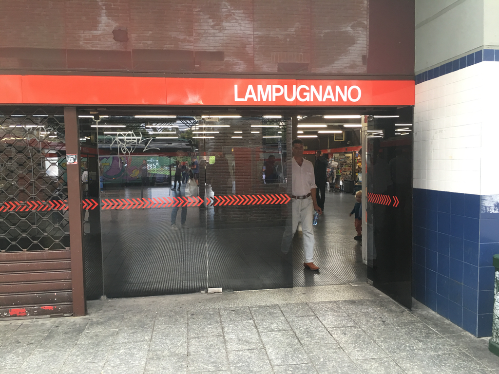 Lampugnano bus station - building entrance